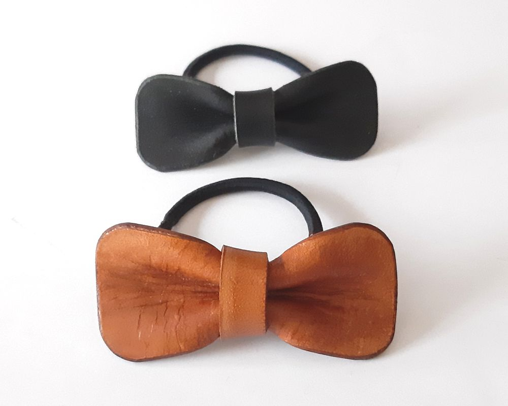 Leather bowtie hairband