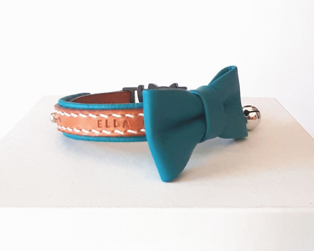 Leather cat collar with red lining and matching bowtie